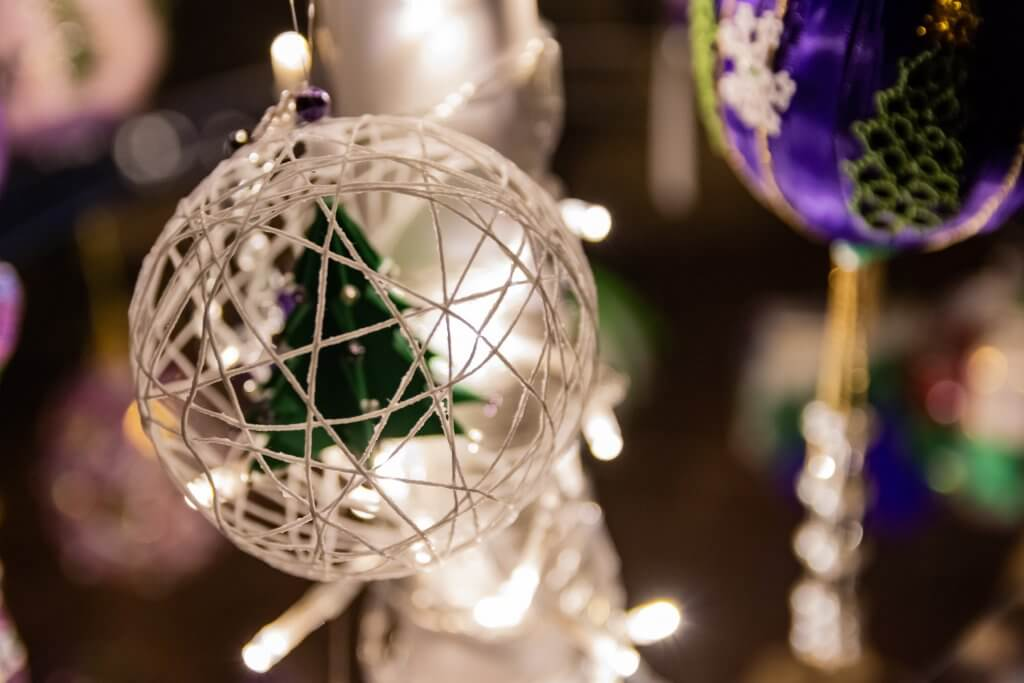 this is an image of a christmas tree decoration