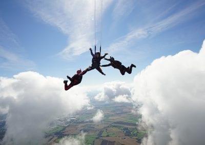 Ana's Skydive (100)